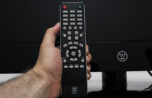 Westinghouse bundles an average remote with the CW46T9FW.