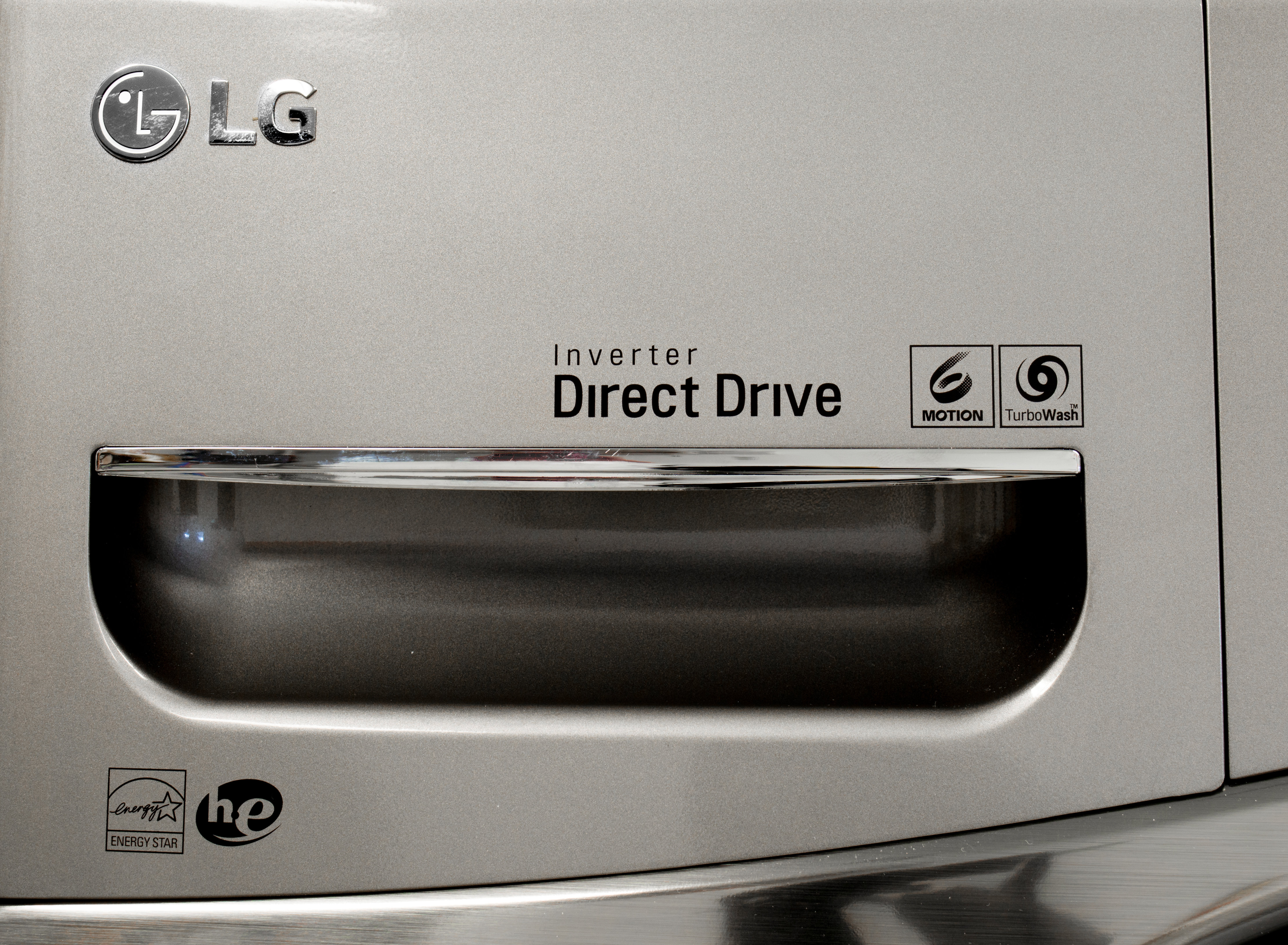 LG offers a ten-year warranty on its direct drive motor.