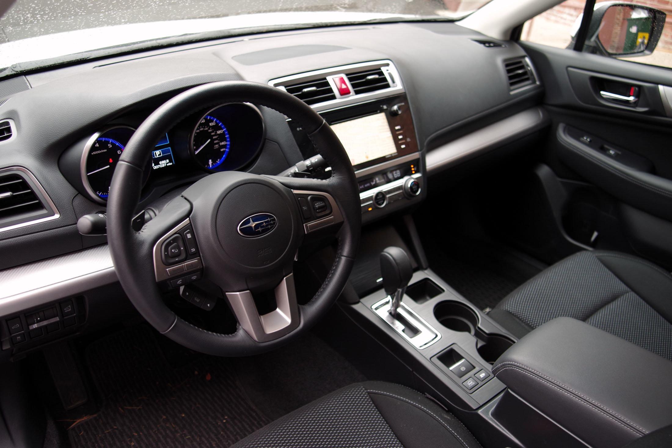2015 Subaru Outback interior