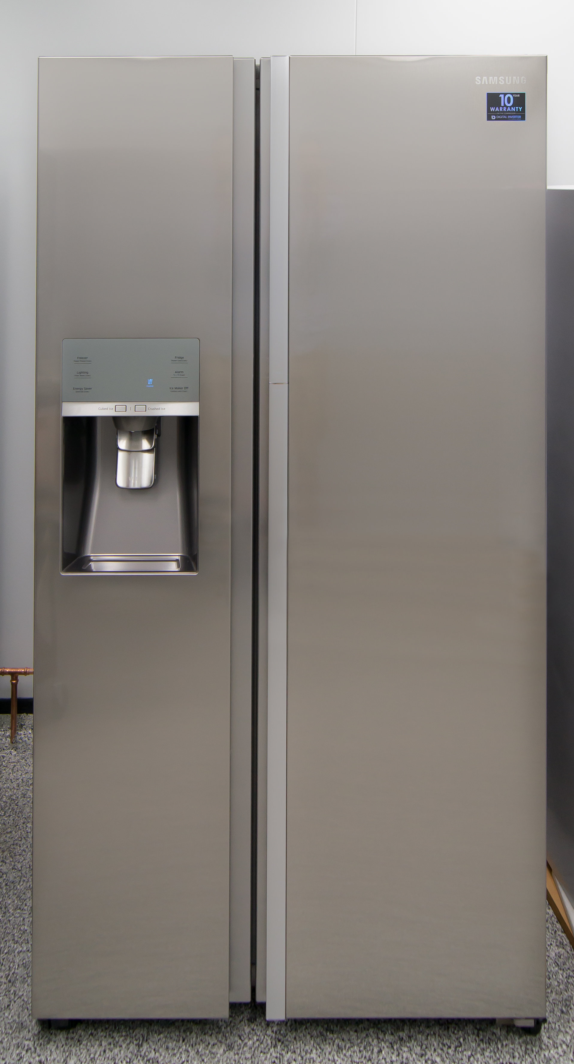 Superb From The Outside, Only The Recessed Handles Indicate The Samsung  RH29H9000SR Food Showcase Is Different