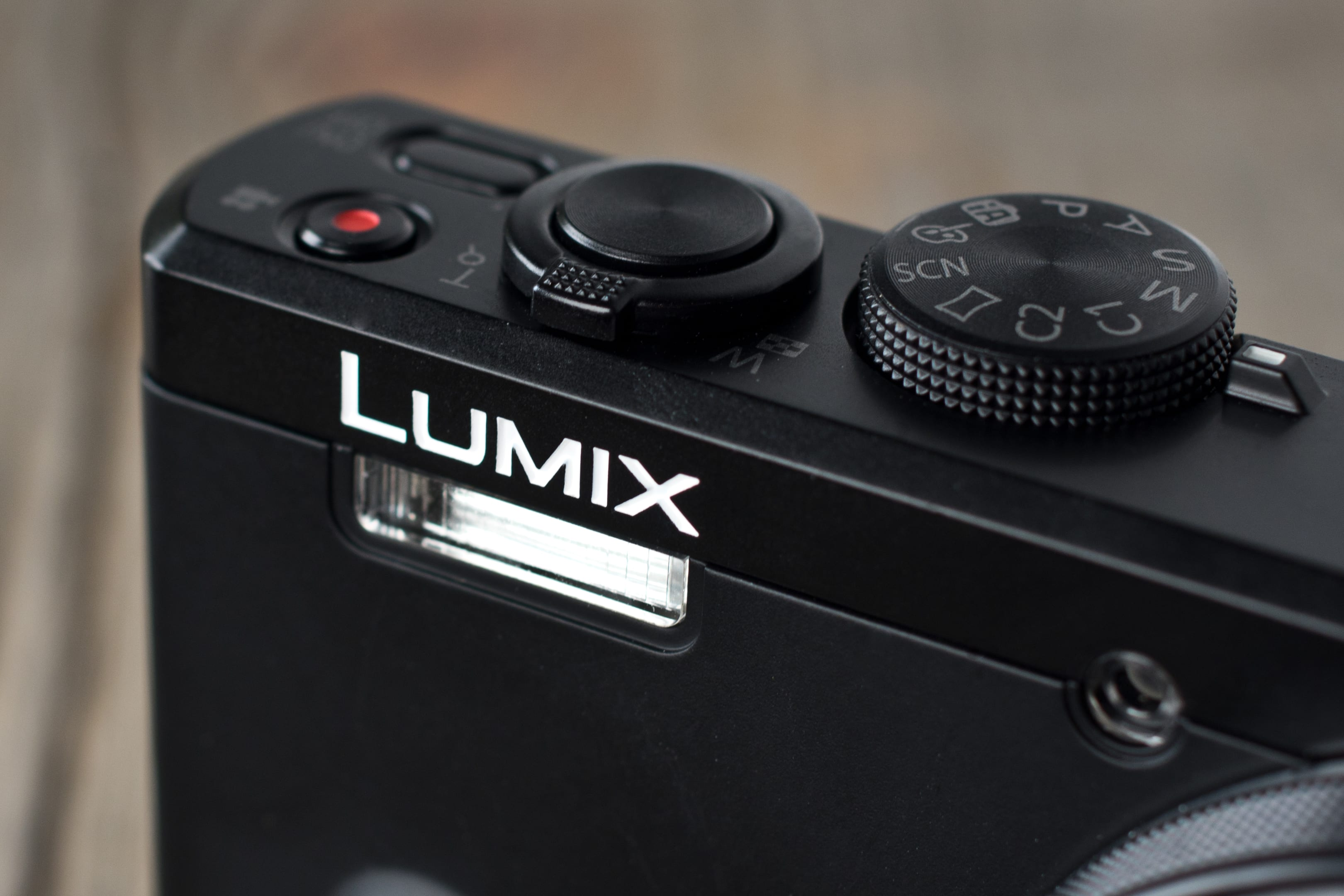 A picture of the Panasonic Lumix ZS40's flash.
