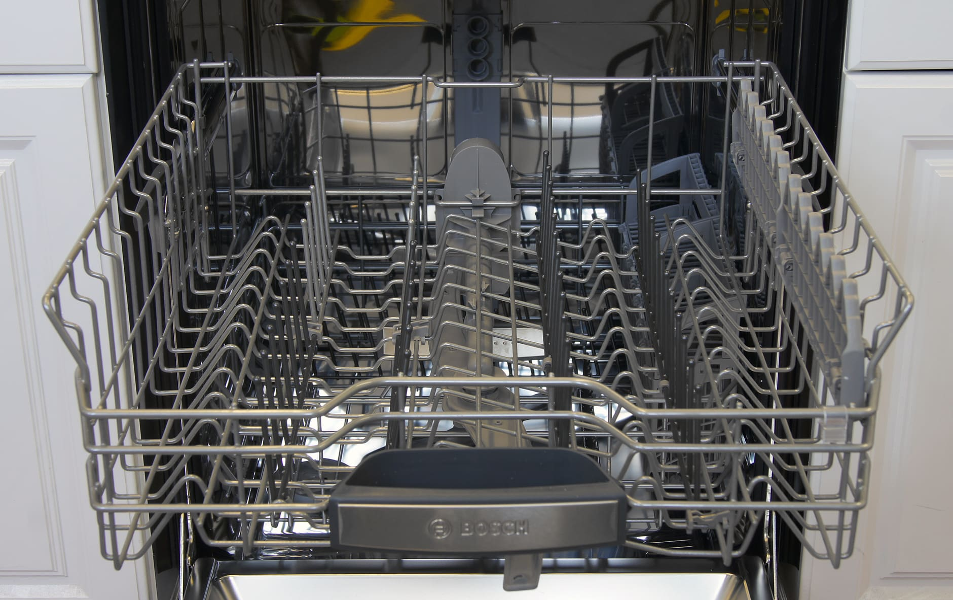 Bosch SHX7PT55UC top rack