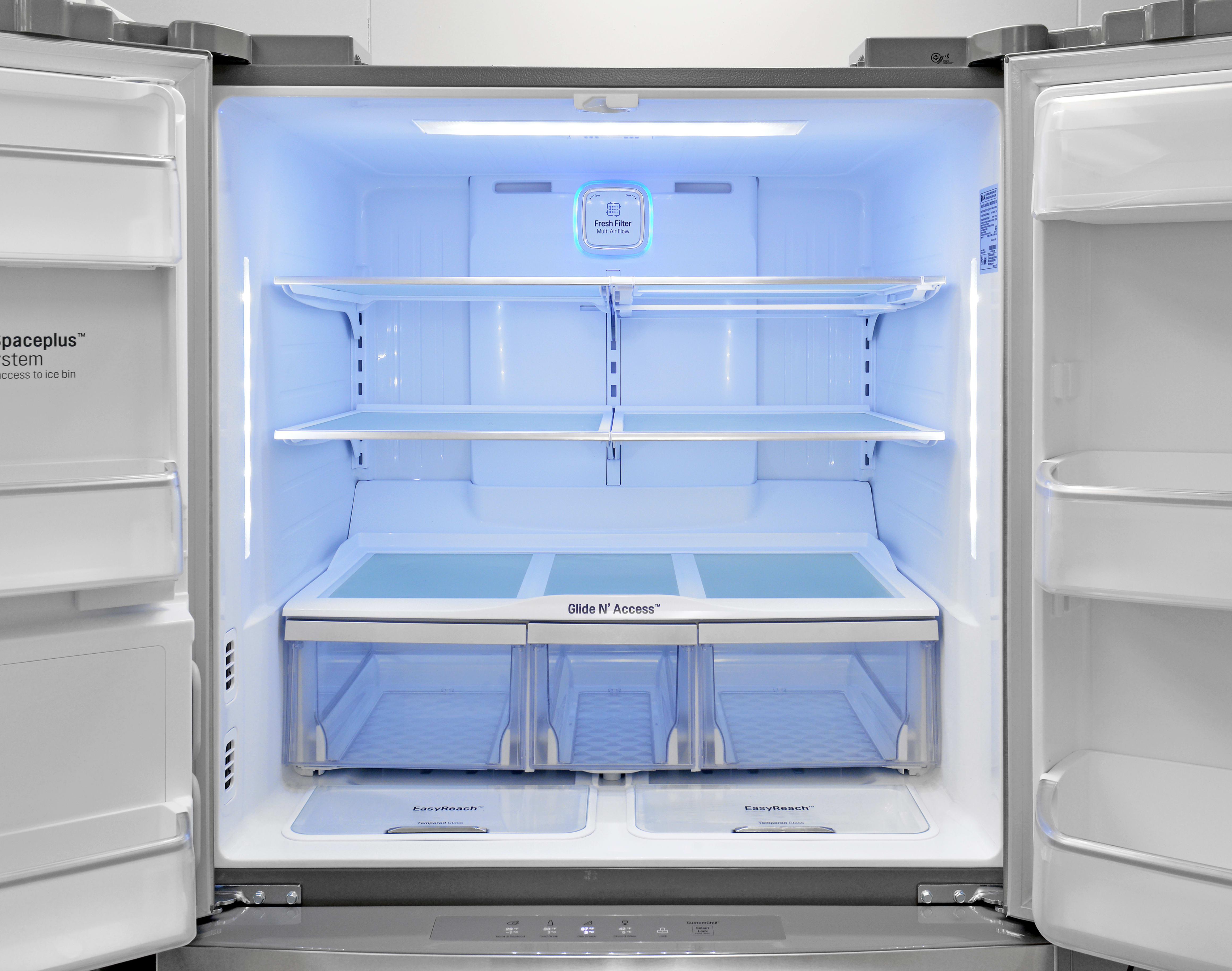 Bright lights, big fridges—you get plenty of well-lit fresh food storage space in the LG LMXS30786S.