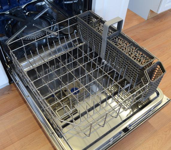 Kitchenaid Kuds30fxss Reviewed Com Dishwashers
