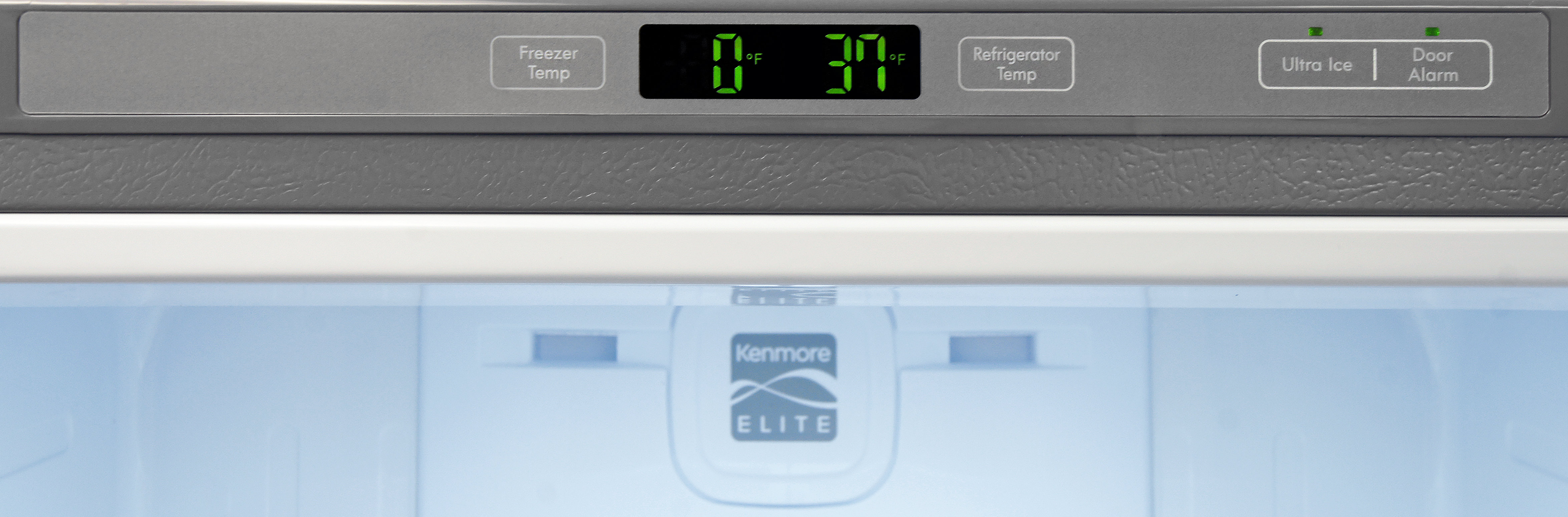 Controls for the Kenmore Elite 79043 are basic, and are located along the upper frame.