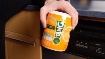 1242911077001 3308168486001 cleaning your dishwasher with tang