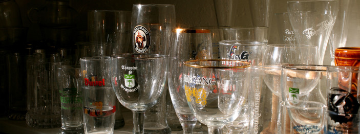 https://reviewed-production.s3.amazonaws.com/attachment/89fd26abcd884135/beer-glassware-hero.jpg