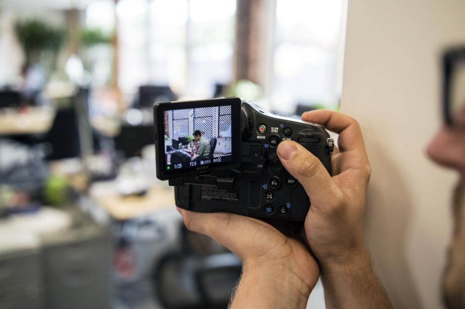 Sony-A77II-Review-Design-Corner-Shot.jpg
