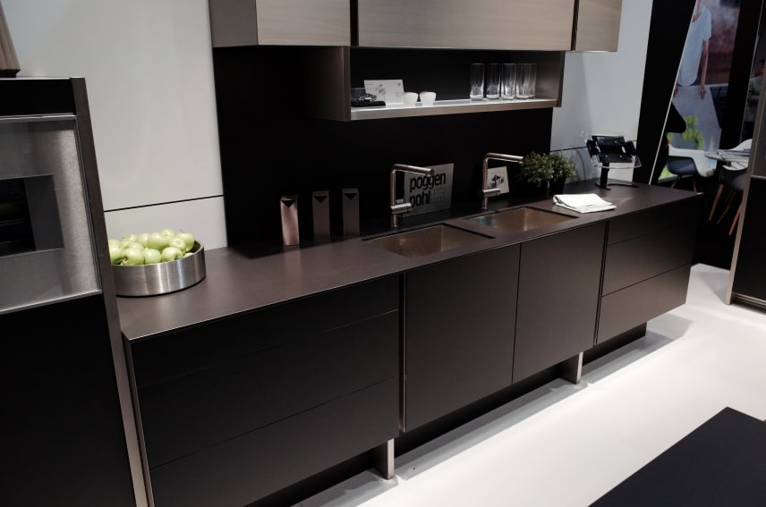 Inside the Racy New Kitchen From Poggenpohl and Porsche Design ...