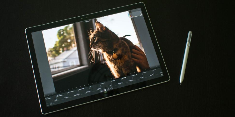 Microsoft Surface Book Lightroom