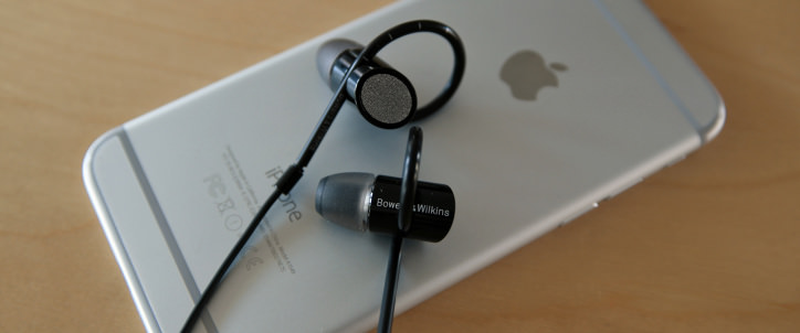 bowers and wilkins c5 series 2 in ear headphones. bowers \u0026 wilkins c5 series 2 headphones review. with a ton of bass, it\u0027s lucky the secure loop won\u0027t let these in-ears go anywhere. and in ear o