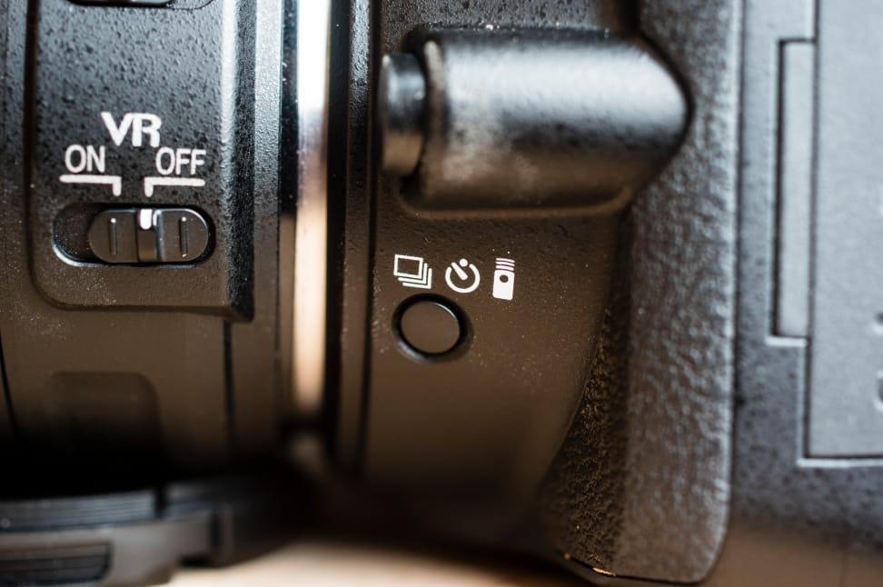 Nikon-D5500-Review-Design-Drive.jpg