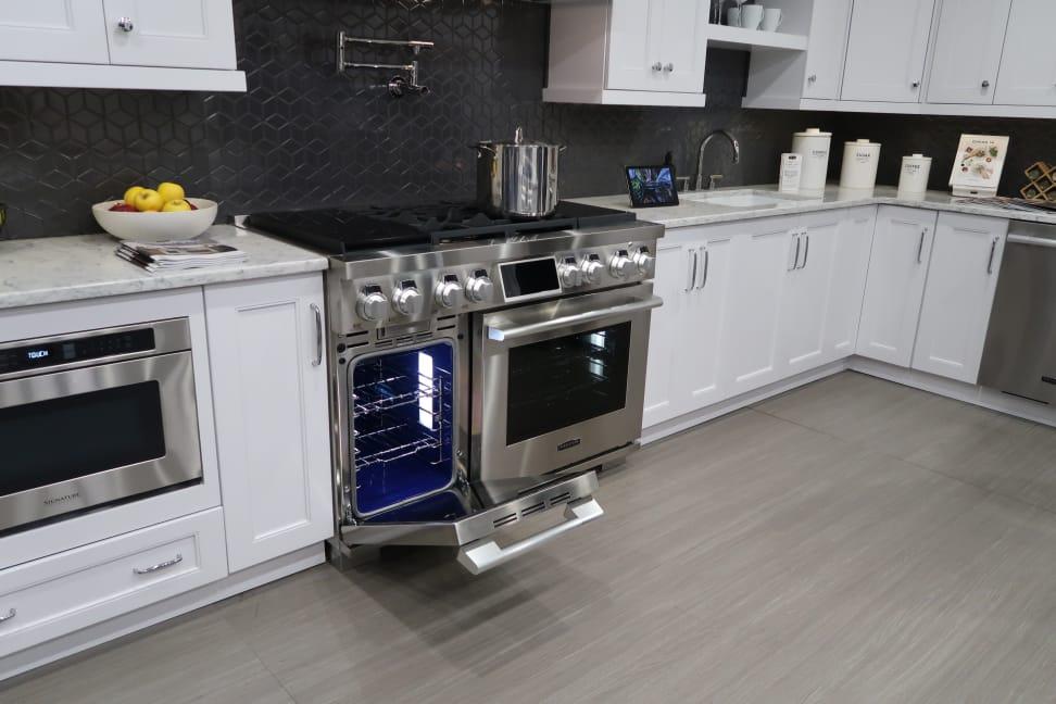 Signature-Kitchen-48-inch-range