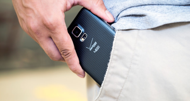 IFA-2014-IFA-SMARTPHONE-POCKET.jpg