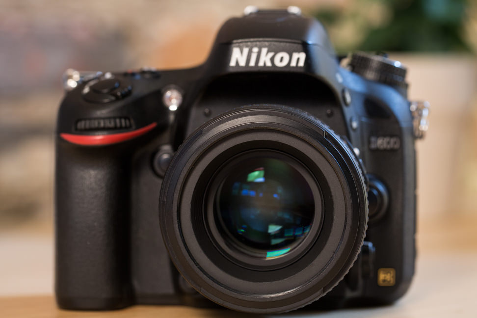 nikon-50-f1p4-review-design-camera-front.jpg