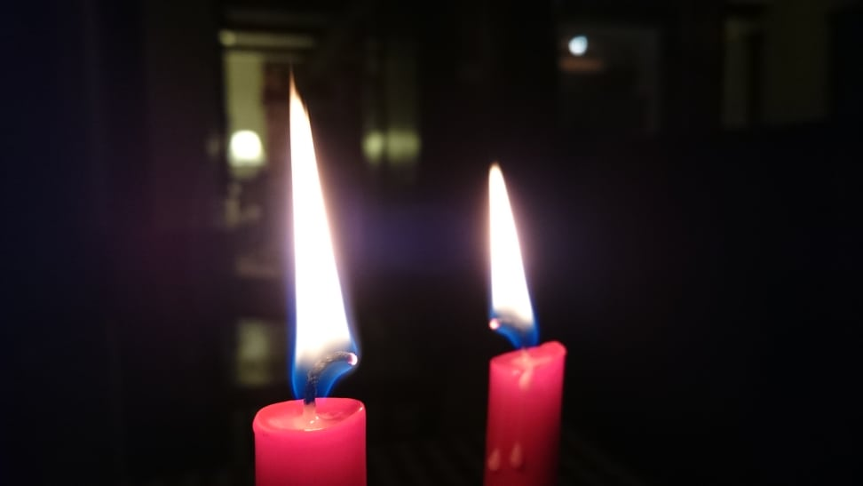 Sony-xperia-z3-review-sample-candle.JPG