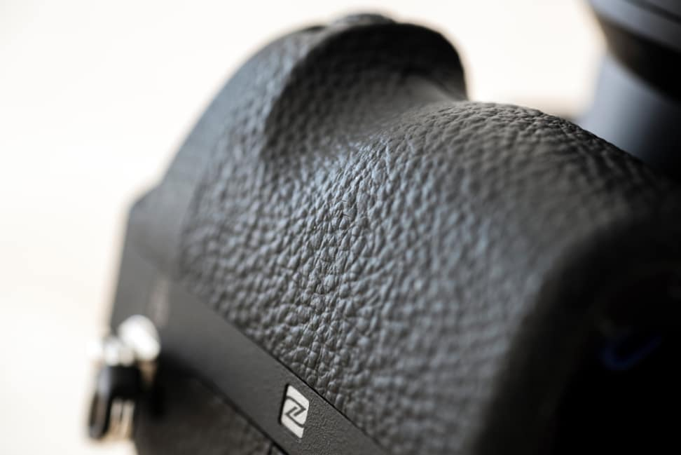 Sony-A7-II-Review-Grip-Texture.jpg