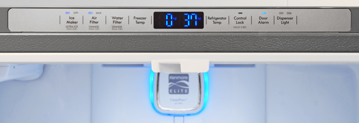 What is the average temperature for the lowest setting on a refrigerator's thermostat?