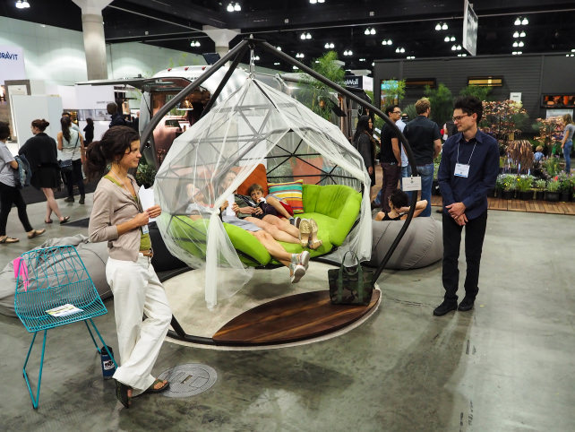 Kodama Zone Chair Cwing