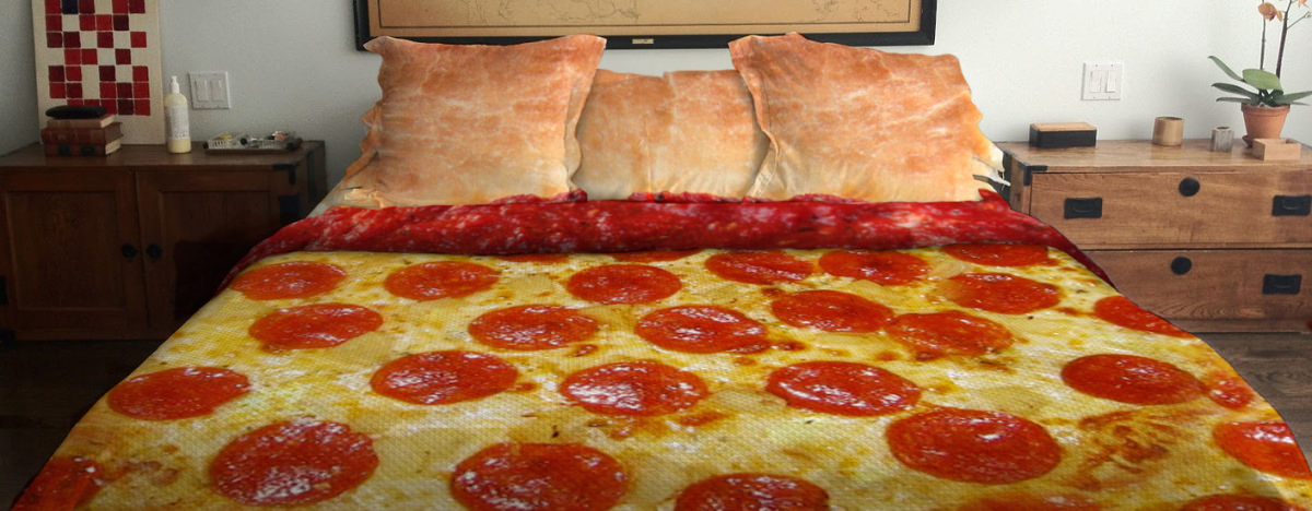 Catch Some Za S With This Delicious Pizza Bed Reviewed