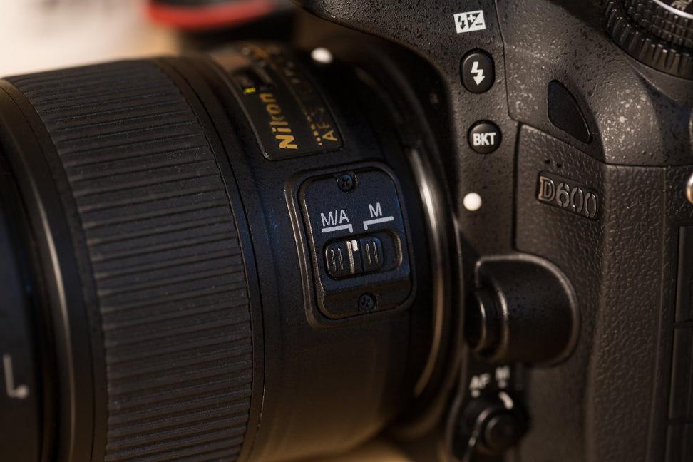 Lens_Focus_Switch