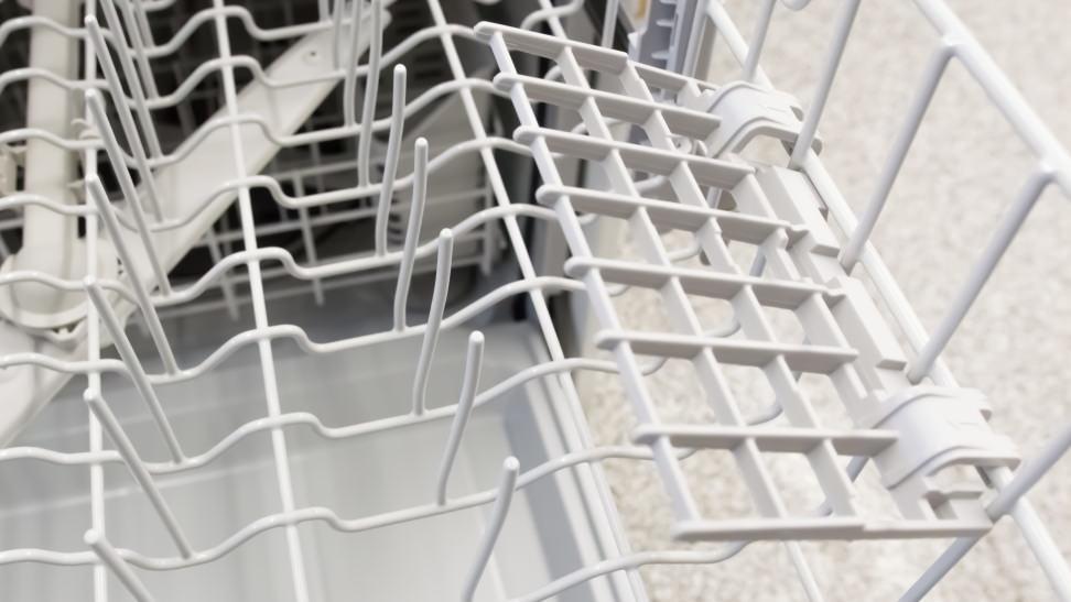Stemware-Whirlpool-WDF330PAHW