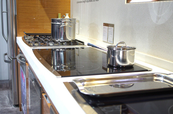 LG Studio Cooktops