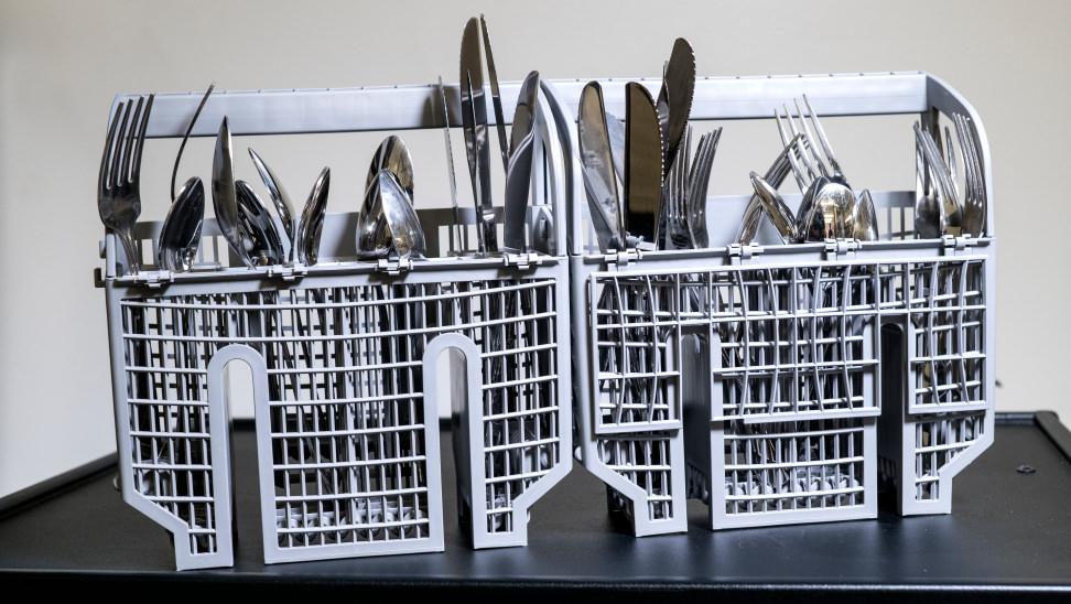 Benchmark-cutlery-basket