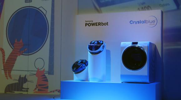 Samsung-IFA-2014-CrystalBlue-and-PowerBot.jpg