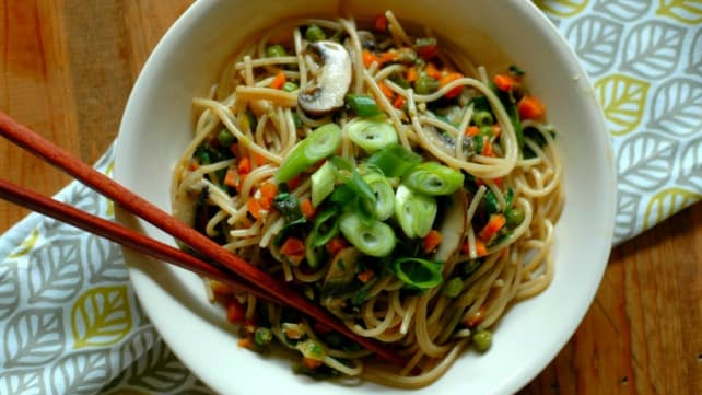 Instant Pot Vegetable Lo Mein