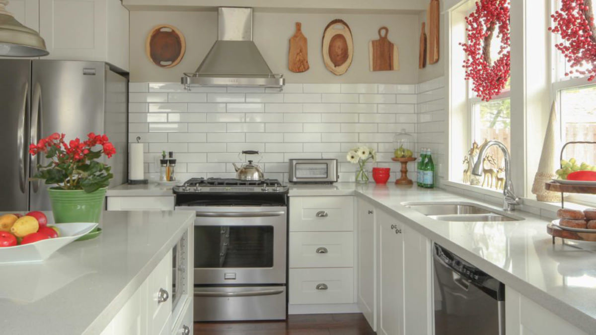 A Popular Designer Tells The Secrets Of A Classic Kitchen
