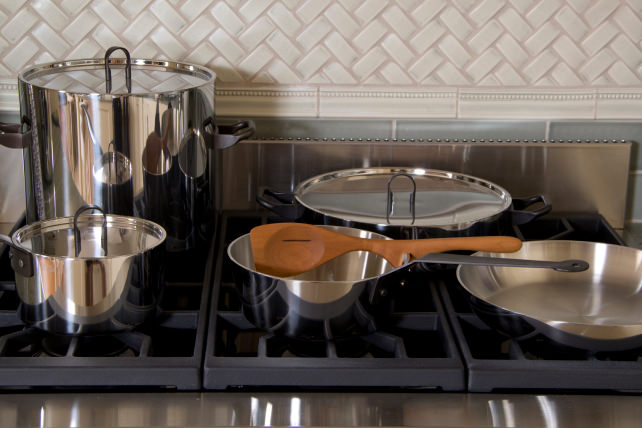 ge monogram cooktop igniter keeps clicking