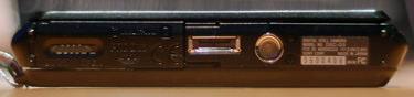 Sony-DSC-G3-bottom-375.jpg