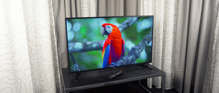 Panasonic TC   CX   U Review   Reviewed com Televisions Television Reviews   Reviewed com After stripping away the fluff  the CX   U is a heck of a  K bargain