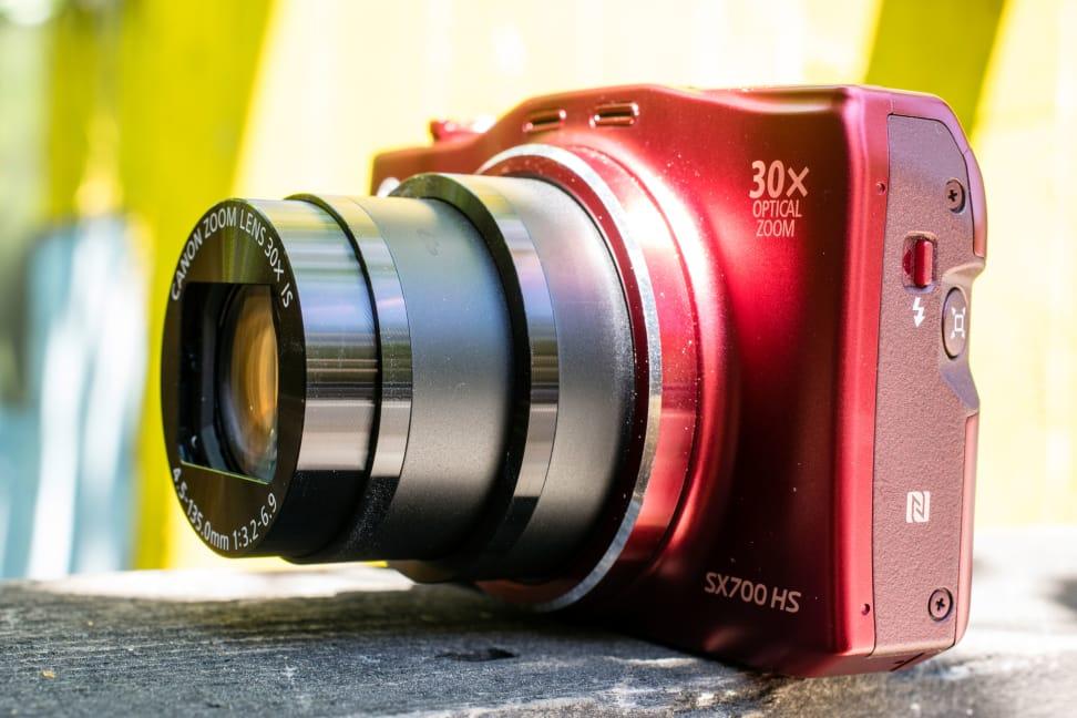 CANON-SX700-HS-ZOOM.jpg