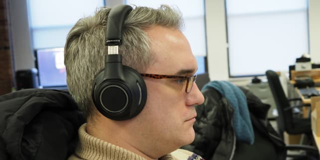 Plantronics Backbeat Pro In Use