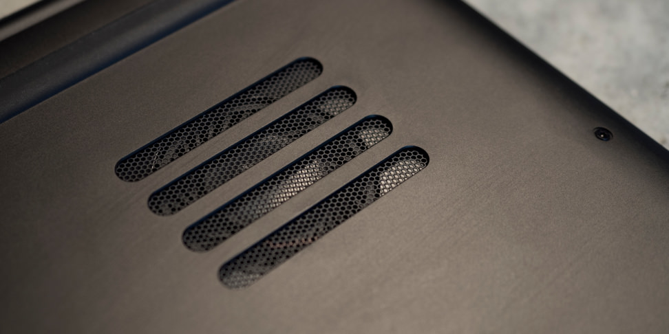Razer Blade 2016 Bottom Fan Vents